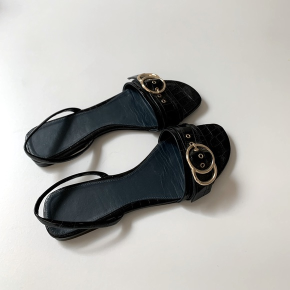Zara Black Leather Flat Sandals